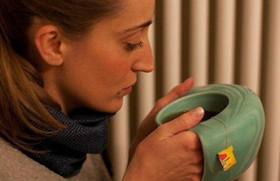 Αυτή η κούπα ζεσταίνει τα χέρια και είναι κατάλληλη για τις πιο κρύες νύχτες.