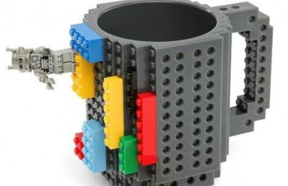 Φλιτζάνι-lego για όσους αγαπάνε τα συγκεκριμένα παιχνίδια.
