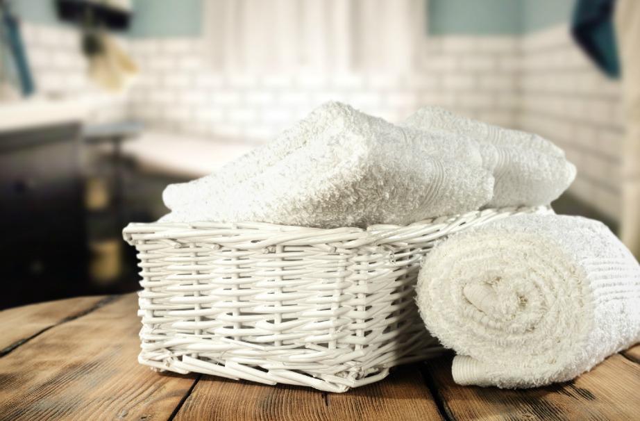 ΔΙώξτε τη μούχλα από τις πετσέτες σας με λίγο ξίδι και καυτό νερό.