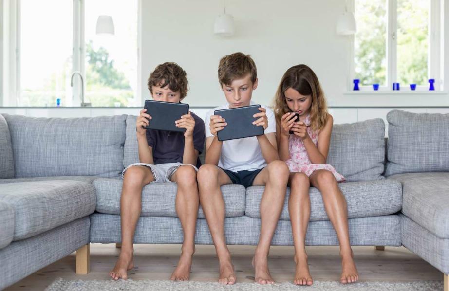 Ελέγξτε τη χρήση που κάνουν τα παιδιά σας σε κινητά και τάμπλετ με το κατέβασμα ειδικών εφαρμογών