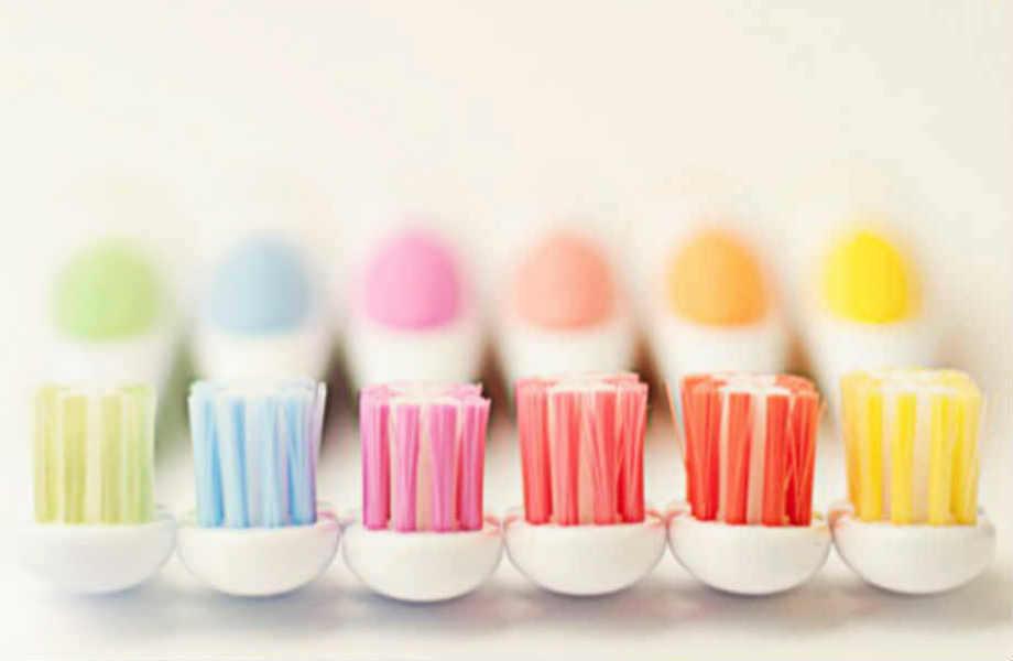 Θέλετε γερά δόντια; Αλλάξτε οδοντόβουρτσα κάθε 3 μήνες.