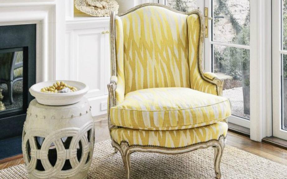 Μια άνετη πολυθρόνα δεν πιάνει πολύ χώρο και χωράει σε κάθε είδους δωμάτιο