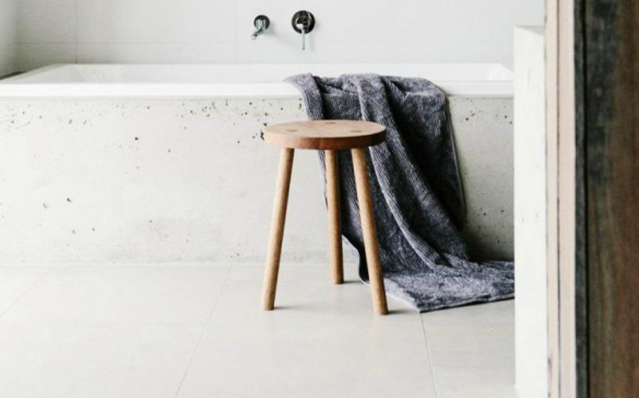 Το σκαμνί είναι ένα πολύ μικρό έπιπλο που είναι πολύ εύχρηστο και ταιριάζει σε κάθε είδους διακόσμηση