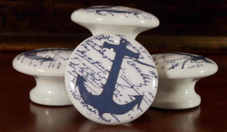 Τα ναυτικά χερούλια είναι μια πολυ διακριτική καλοκαιρινή πινελιά για τις ντουλάπες σας.