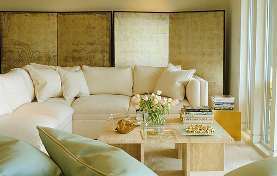 Το χρυσό είναι ένα χρώμα που ταιριάζει πολύ με παστέλ αποχρώσεις.