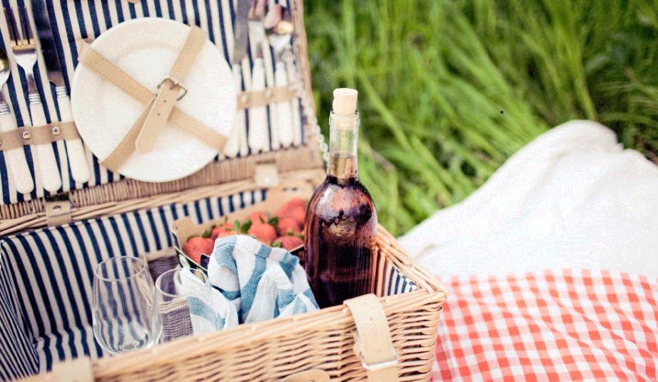 Πάρτε καλάθια και τσάντες ψυγεία για να διατηρήσετε σωστά όλα σας τα τρόφιμα και ποτά.
