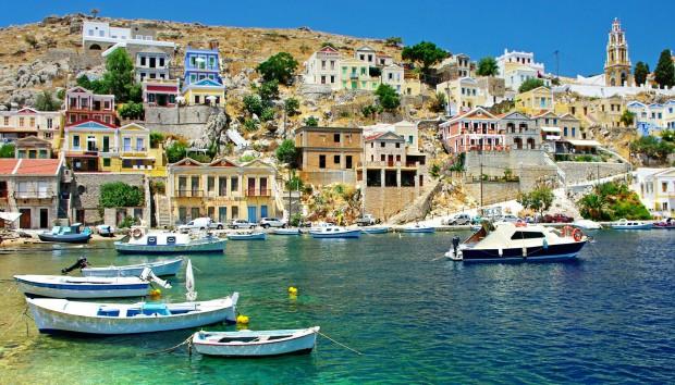 5 Πανέμορφα Νησιά σε Απόσταση Αναπνοής από την Αθήνα