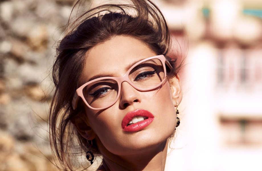 Καθαρά και ξάστερα: οι ανοιχτόχρωμοι φακοί ηλίου προστατεύουν εξίσου αποτελεσματικά τα μάτια σας.