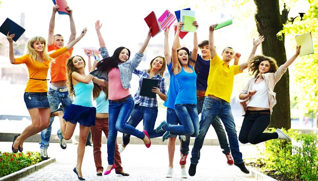 Προετοιμάζεστε για Εξετάσεις; Αυτά τα Χρώματα θα σας Οδηγήσουν στην Επιτυχία!