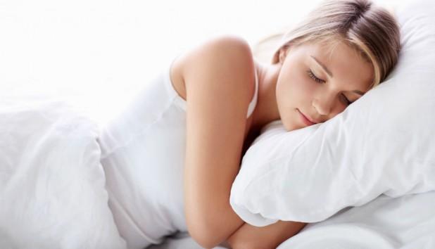 Aυτά τα Λάθη Kάνετε Όταν κοιμάστε και δεν Χάνετε Βάρος!