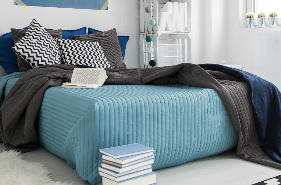 Βάλτε μεσογειακά χρώματα στο δωμάτιό σας.