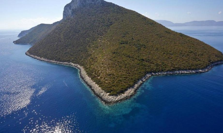 Η Άτοκος είναι ακόμα ένα ελληνικό νησί προς πώληση.
