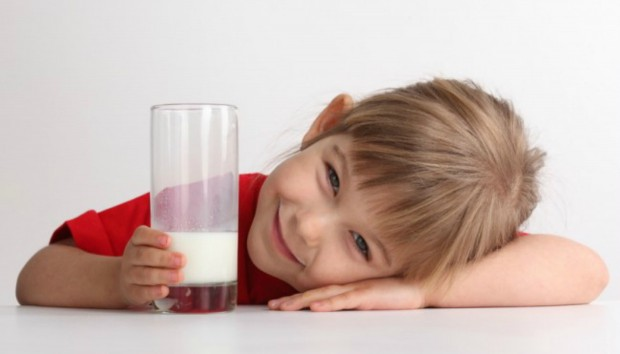 «Αν δεν πιεις γάλα, δεν θα αποκτήσεις γερά κόκαλα» : Μύθος ή Αλήθεια;