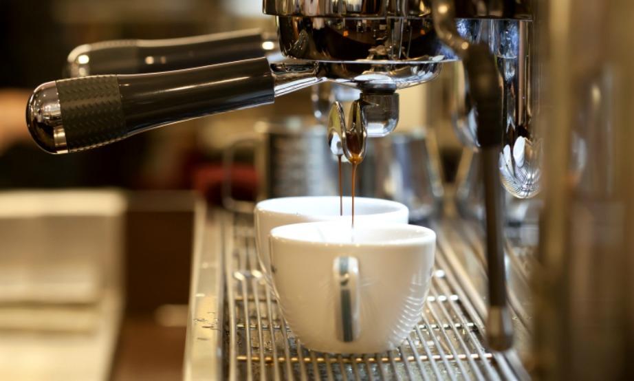 Φροντίστε να πλένετε συχνά την καφετιέρα σας και βεβαιωθείτε πως το μαγαζί από όπου αγοράζετε καφέ καθημερινά κάνει το ίδιο.