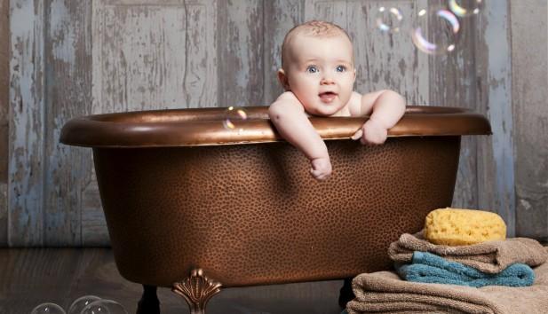 Αυτός Είναι ο πιο Γρήγορος Τρόπος για να Καθαρίσετε το Μπάνιο σας