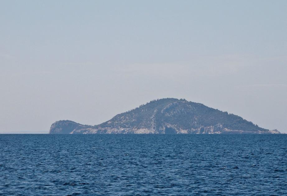 Το νησί Κέλυφος έχει το σχήμα χελώνας.