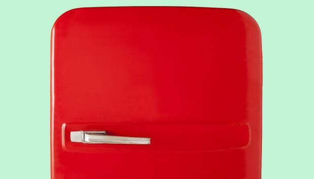 Ο Σοκαριστικός Λόγος που τα Ψυγεία Σήμερα Κλείνουν με Μαγνήτη