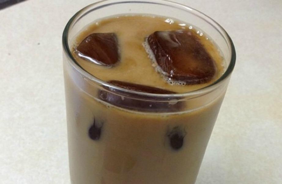 Φτιάξτε παγάκια καφέ αν δεν σας αρέσουν οι αραιωμένοι καφέδες.