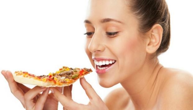 Δίαιτα με Πίτσα: Χάστε 5 Κιλά σε ένα Μήνα!