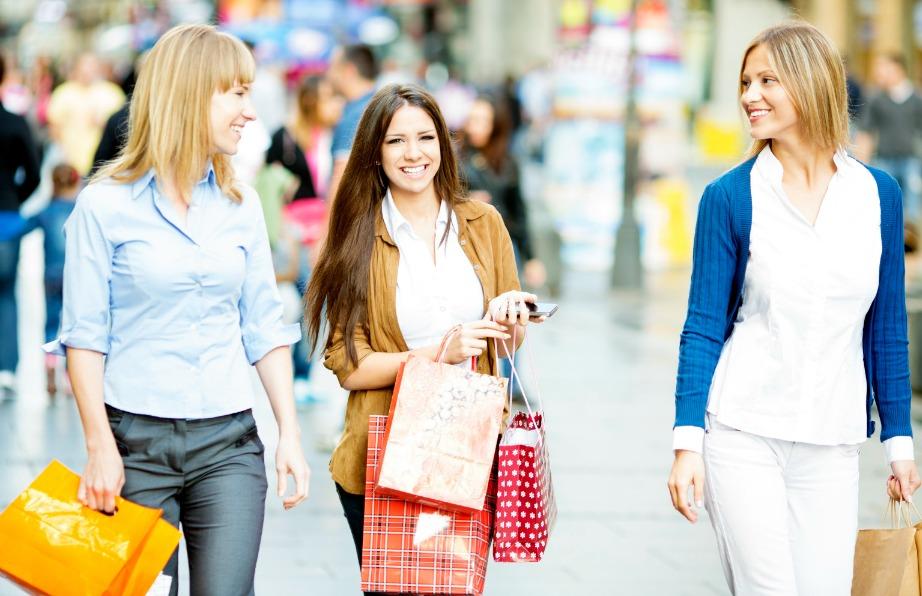 Κάντε τα ψώνια σας με ενθουσιασμό αλλά κάντε υπομονή και μην φορέσετε τα καινούρια σας ρούχα την ίδια μέρα. Πρώτα πρέπει να πλυθούν.