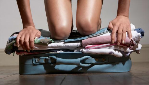 12 Tips για πιο Γρήγορο και Καλό Πακετάρισμα Ρούχων για τις Διακοπές (VIDEO)