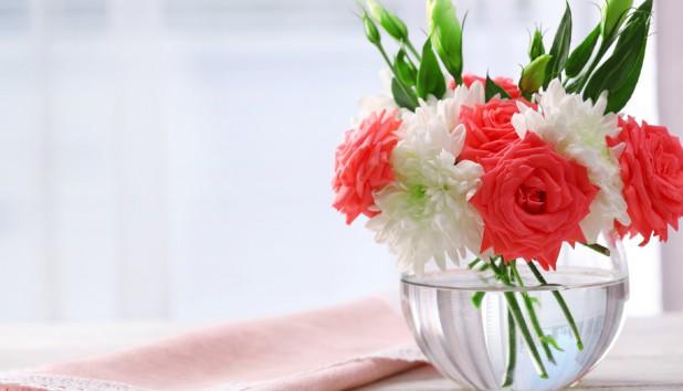 Δείτε τον Καλύτερο Τρόπο για να Διατηρείτε Φρέσκα τα Λουλούδια