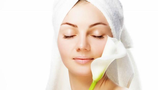Face Fix: ΑΥΤΗ η Μάσκα θα Επανορθώσει το Αφυδατωμένο Δέρμα σας