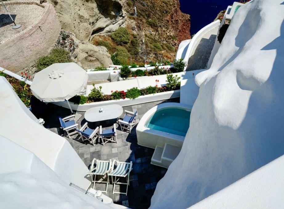 Το ξενοδοχείο Aris Caves είναι φτιαγμένο σε σπηλιές.