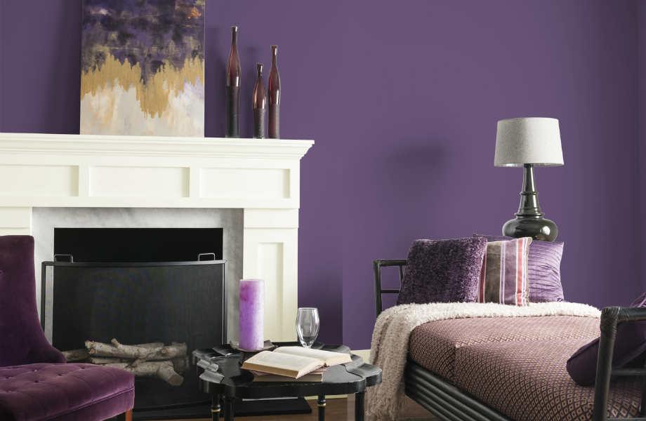 Το ζεστό και πολυτελές μοβ του αμέθυστου αναμένεται να κατακλύσει σαλόνια και πασαρέλες αυτό το φθινόπωρο!