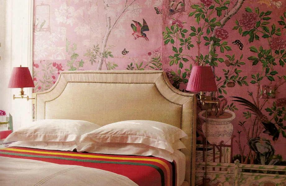 Το όνομα αυτού είναι Rose Cashmere και η γλυκιά και χαλαρωτική όψη του παραπέμπει στη Μέση Ανατολή και το Μαρόκο. Εμείς το βλέπουμε ως το επόμενο χρώμα για το υπνοδωμάτιό μας.