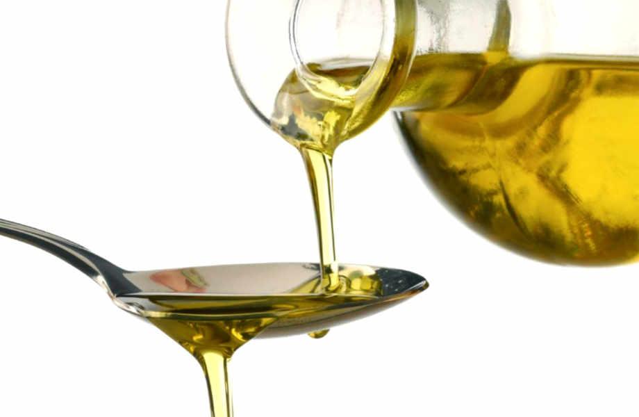 Μπορεί να σας φαίνεται πιο ελαφριά η γεύση του, αλλά το ηλιέλαιο δεν αποτελεί την πιο υγιεινή επιλογή για το τηγάνισμα.