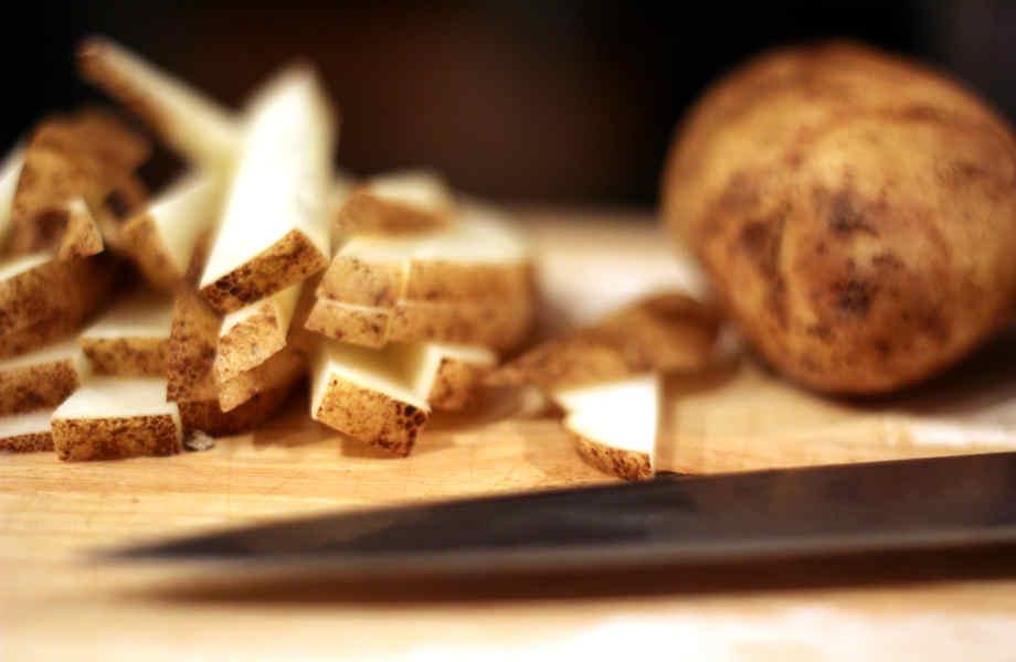 Όσο πιο χοντρές είναι οι πατάτες σας τόσο πιο καλές είναι... για τη σιλουέτα σας!