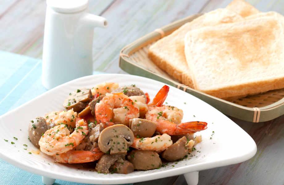 Τα μάτια (στην) γαρίδα! Και μόνο η μυρωδιά αυτού του πιάτου θα σας ταξιδέψει στην παραλία!