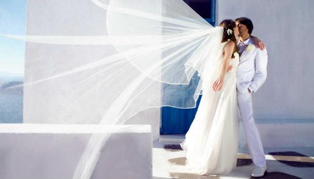 Αυτό το Ελληνικό Νησί Είναι ο Κορυφαίος Γαμήλιος Προορισμός Στον Κόσμο!