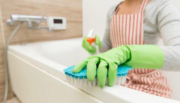 Μπάνιο: Αυτά Είναι τα πιο Αηδιαστικά Λάθη που Κάνουμε
