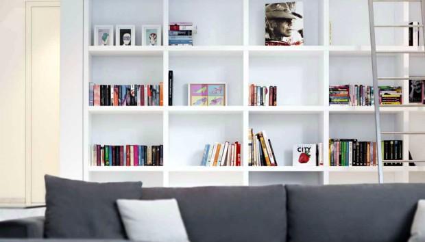 4 Ολόφρεσκες κι Έξυπνες Ιδέες να Διακοσμήσετε τη Βιβλιοθήκη σας!