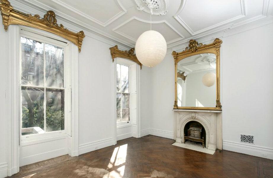 Το εσωτερικό του σπιτιού θυμίζει ιταλικό palazzo.