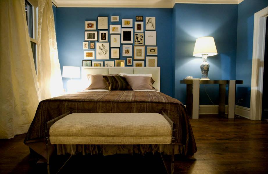 """Το κεντρικό υπνοδωμάτιο της Carrie μετά την ανακαίνιση που υπέστη για τις ανάγκες της πρώτης ταινίας """"Sex & The City""""."""