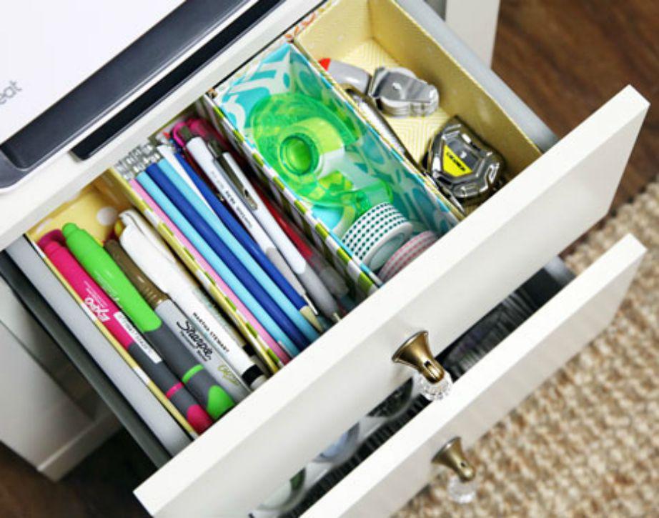 Οργανώστε το γραφείο σας τέλεια για να μπορείτε να έχετε τάξη και να είναι το διάβασμα πιο εύκολο.