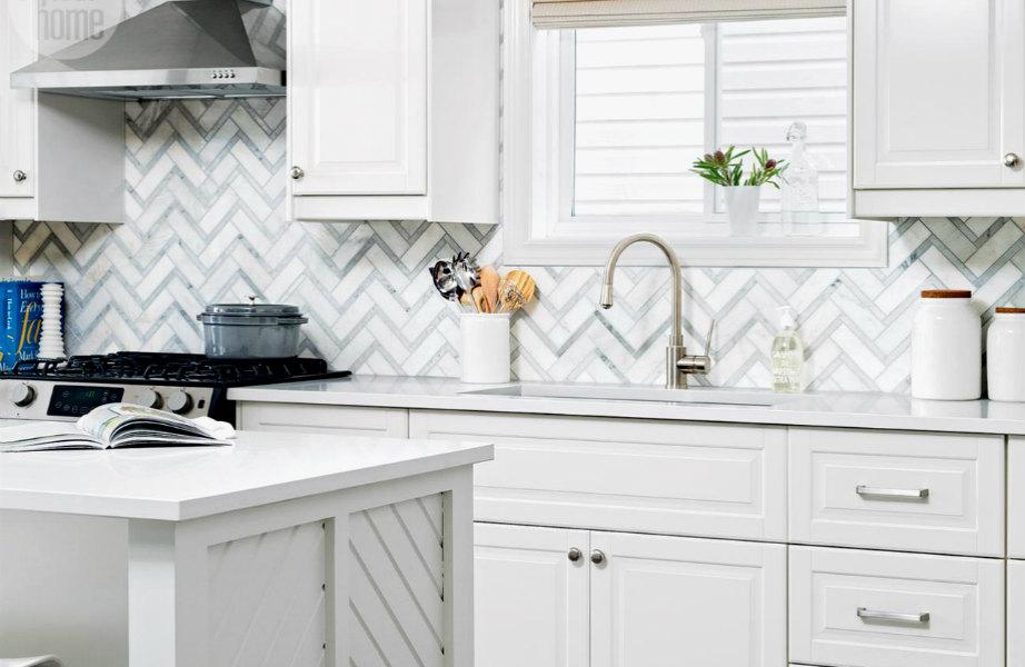 Από τις κοτσίδες, στα δάπεδα και τώρα στην κουζίνα σας-το ψαροκόκαλο ταιριάζει παντού!