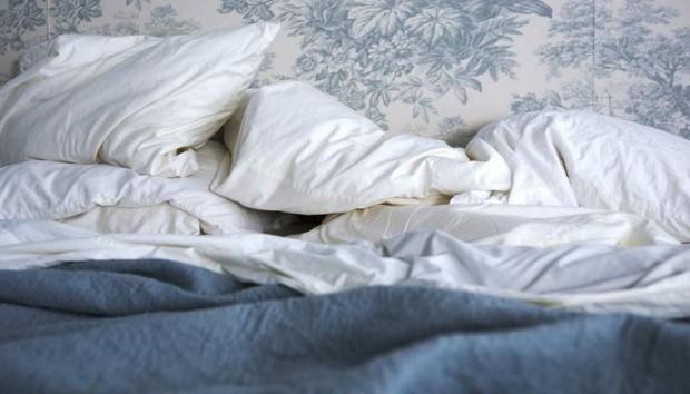 Να Γιατί δεν Πρέπει να Στρώνετε το Κρεβάτι σας Κάθε Μέρα!