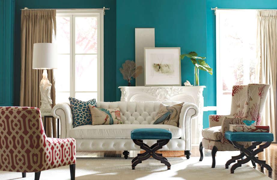 Τα μαξιλάρια του καναπέ είναι παντός χρήσης. Για αυτό, δεν πρέπει να είναι πάντα καθαρά.
