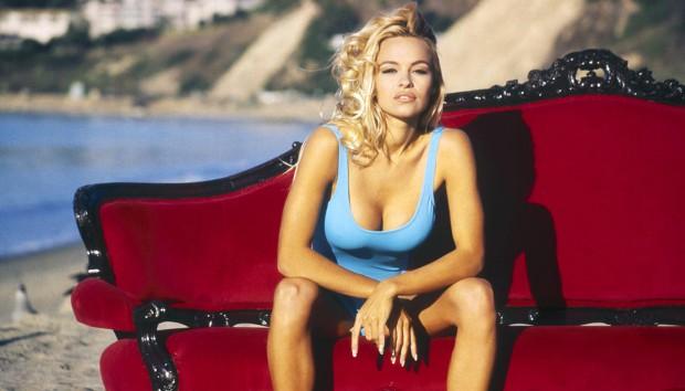 Δείτε το Σπίτι της Pamela Anderson, της πιο Hot Ναυαγοσώστριας 'Ολων των Εποχών!