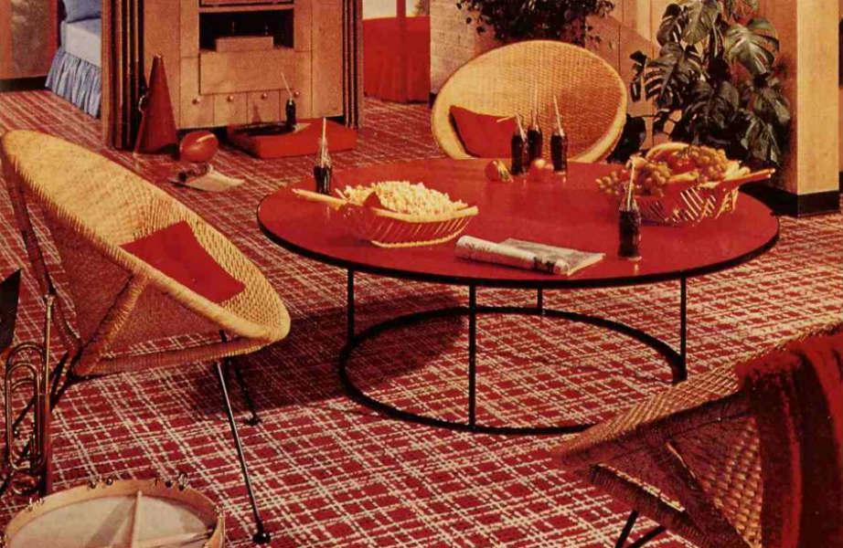 Η δεκαετία του 1970 έβγαλε το καρό από την ντουλάπα μας και το έβαλε στο σπίτι μας.