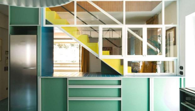 House Report: Περιηγηθείτε σε ένα Πανέμορφο Χρωματιστό Σπίτι! (Gallery)