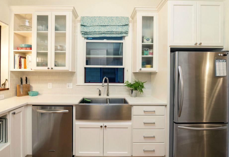 Μια οποιαδήποτε ηλεκτρική συσκευή (πλυντήριο, ψυγείο, φούρνος) μπορεί να μετατραπεί σε ανοξείδωτη με τη βοήθεια κάποιου ειδικού.