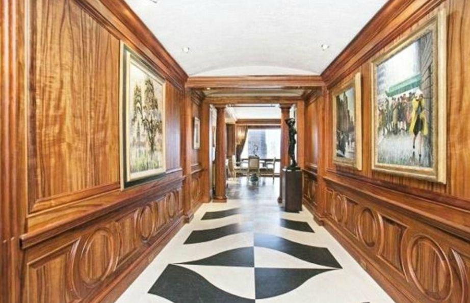 Το διαμέρισμα αγόρασεσ ο Ronaldo από τον διάσημο σχεδιαστή Juan Pablo Molyneux.