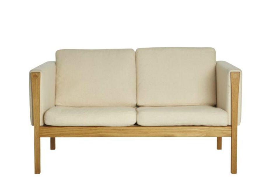 Επιλέξτε έναν μίνιμαλ καναπέ αν έχετε σκοπό να αλλάζετε συχνά διακόσμηση.