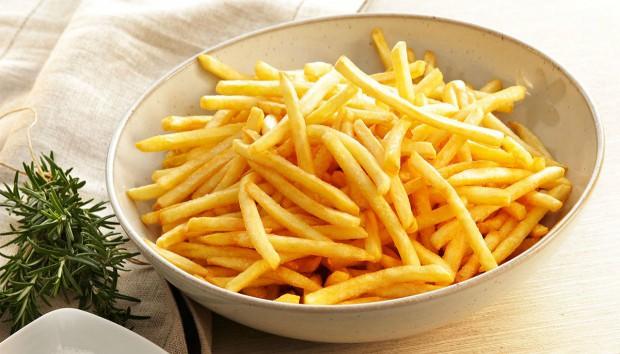 Τηγανιτές Πατάτες: Διώξτε την Έντονη Μυρωδιά από το Τηγάνισμα στο Λεπτό