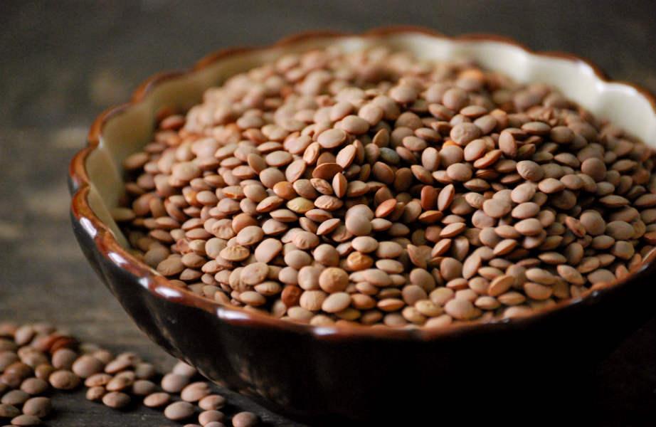 Βάλτε τα ξερά όσπρια στο πιάτο σας και προσπεράστε τις... κονσέρβες.
